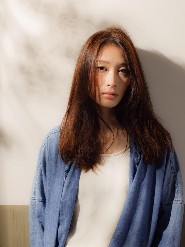 モード感とろみカジュアルロング武蔵小杉 美容室MOONヘアースタイル写真