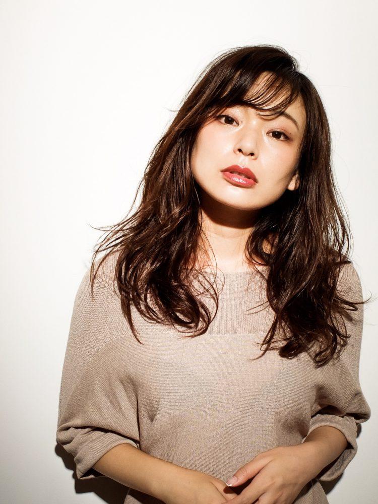 大人エレガンスグラマラスカラー武蔵小杉 美容室MOONヘアースタイル写真